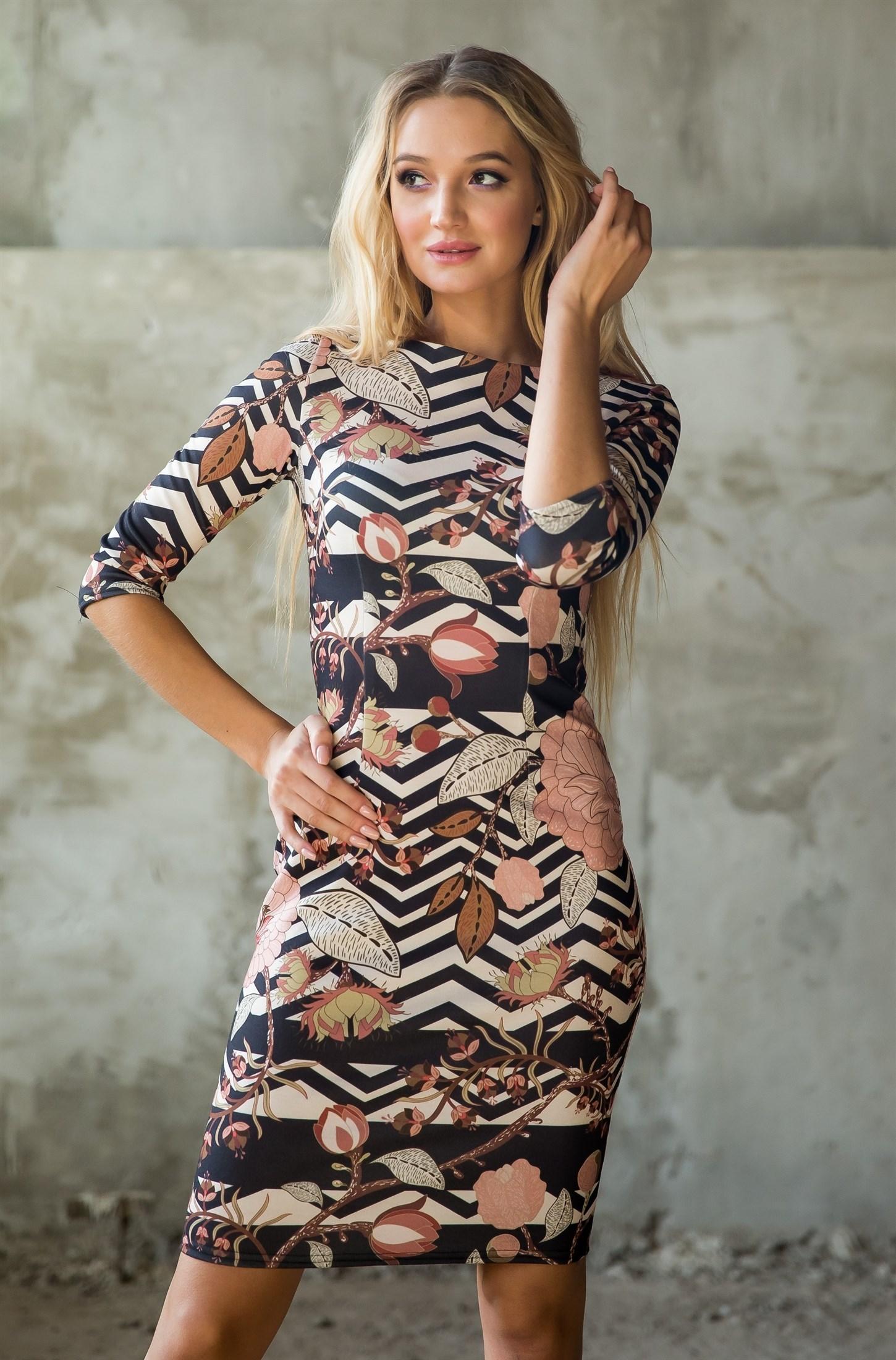 76-02 Платье